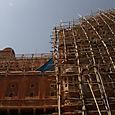 Hawa  Mahal rakennustelineissä Jaipurissa