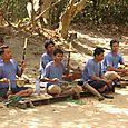 Miinauhrien soittoyhtye Angkorissa
