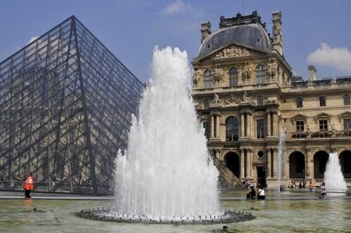 Le Grand Louvre, Paris