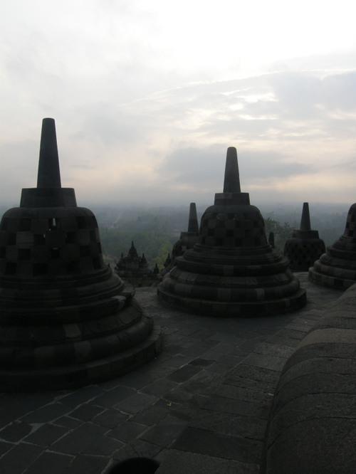 Borobudur aamunkoitteessa