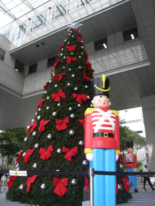 Hyvää Joulun odotusta Singaporesta