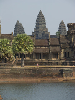 Angkor_wat_tekstin_kuva