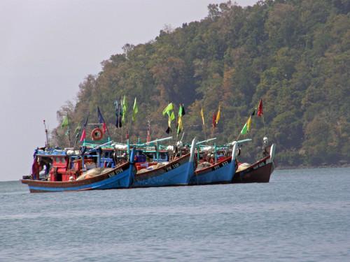 Värikkäitä kalastusaluksia Langkawi